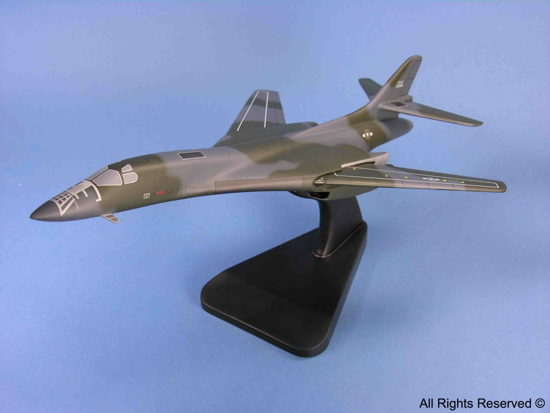 Model AM021-AR, B-1B Lancer