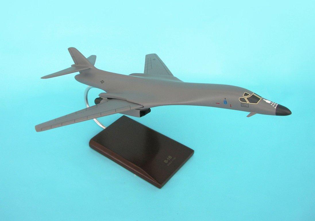 Model B2610B3R, B-1B Lancer